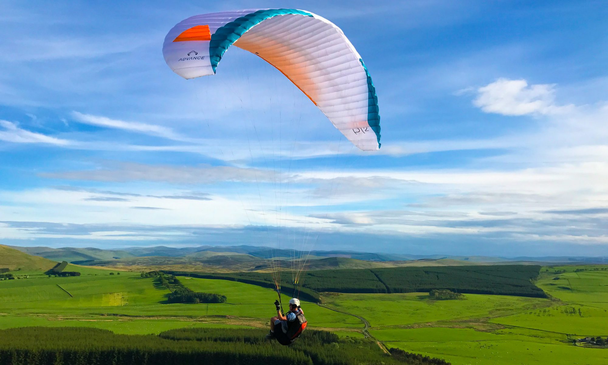 Cloudbusters Paragliding & Paramotoring Centre